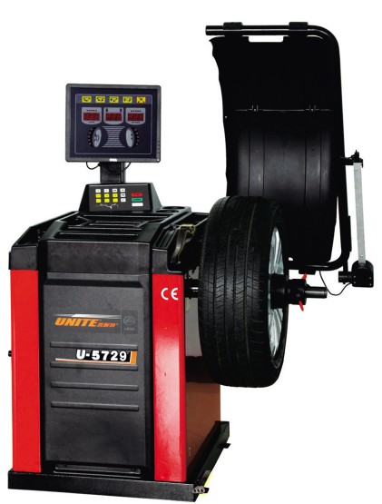 U-5729 self-calibrating computer wheel balancer