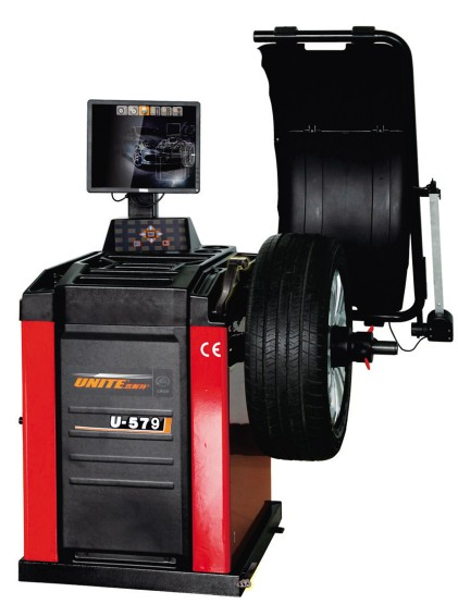 U-579 self-calibrating computer wheel balancer