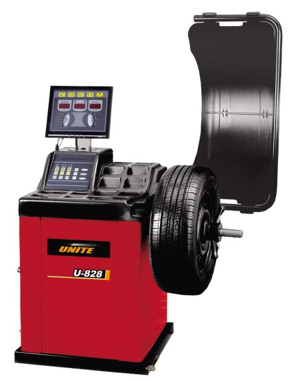 U-828 self-calibrating computer wheel balancer
